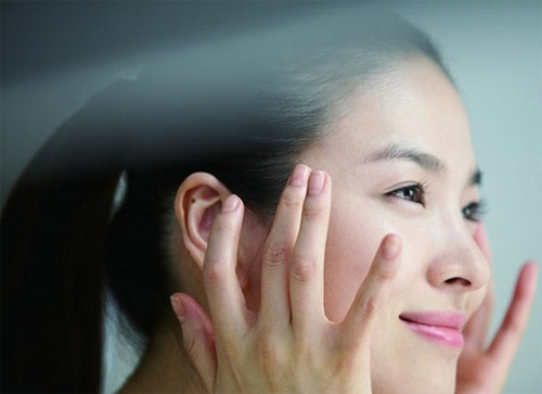 Bán kem trị sẹo giúp người dùng tự tin hơn vì làn da